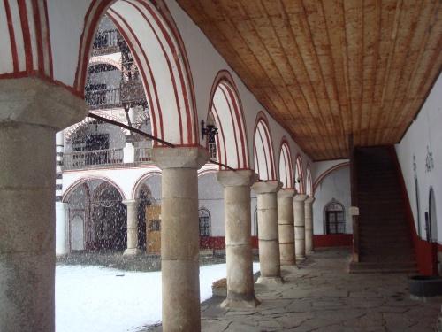 Arches at Rila
